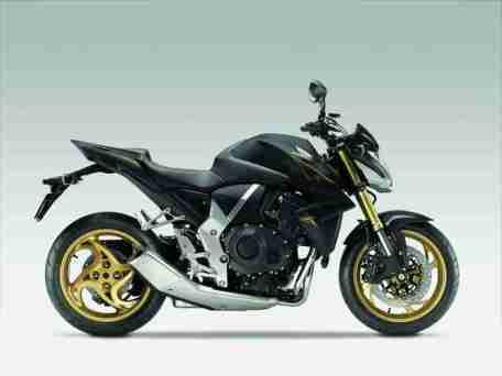 2012 Honda CB1000R - Matt Gray and Gold 02