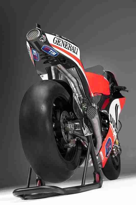 Ducati Desmosedici GP12 2012 16