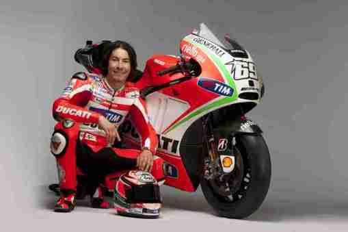Ducati Desmosedici GP12 29