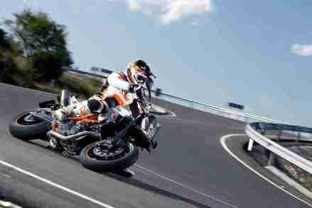 KTM 990 Supermoto R 2012 02