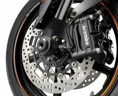 KTM 990 Supermoto R 2012 06