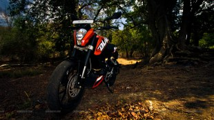 KTM Duke 200 wallpaper - Click for high resolution