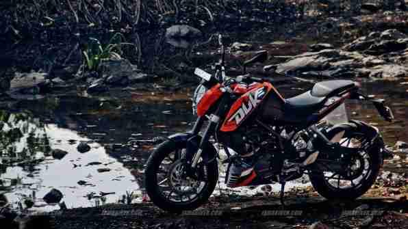 KTM Duke 200 wallpaper - Click for high resolution