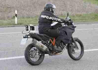 KTM adventure 1290 - 01