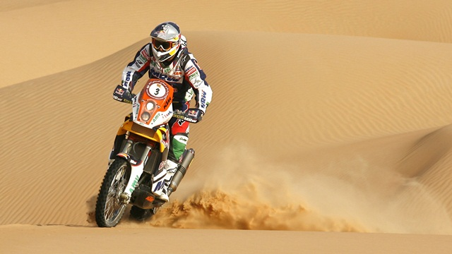 Marc Coma maintains lead in Abu Dhabi Desert Challenge