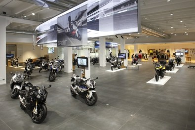 bmw motorrad rome 04