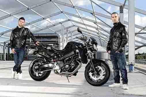 BMW F800R 2012 Black Sapphire Metallic 06