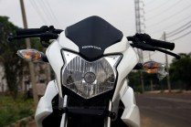 honda cb twister review 05