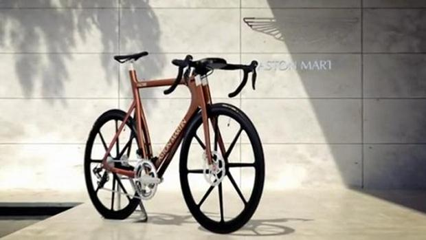 Aston Martin one 77 bike