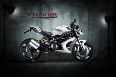 Ducati Monster Bulgari by Vilner customs 02