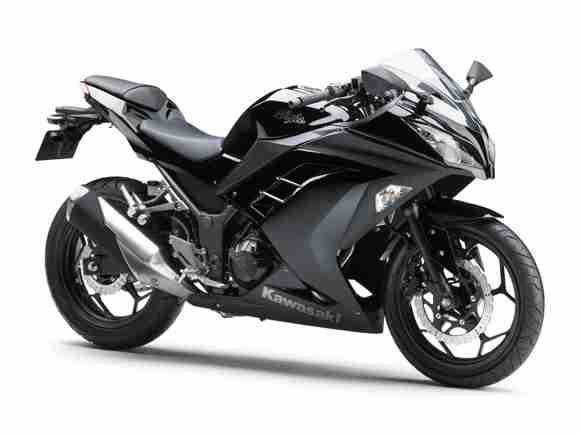Kawasaki Ninja 250R 2013 01