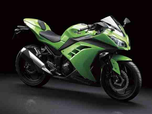 Kawasaki Ninja 250R 2013 05