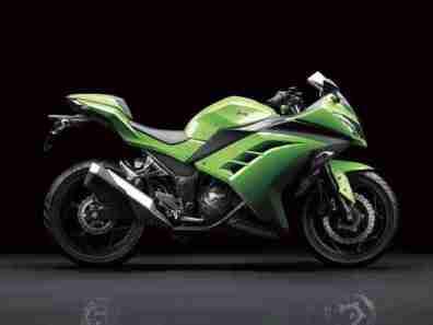 Kawasaki Ninja 250R 2013 06