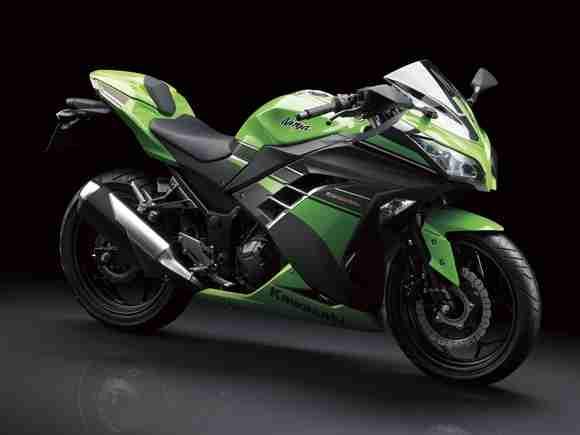 Kawasaki Ninja 250R 2013 15 | IAMABIKER