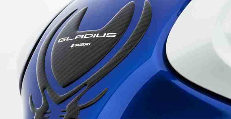 Suzuki Gladius SFV650 Yoshimura 01