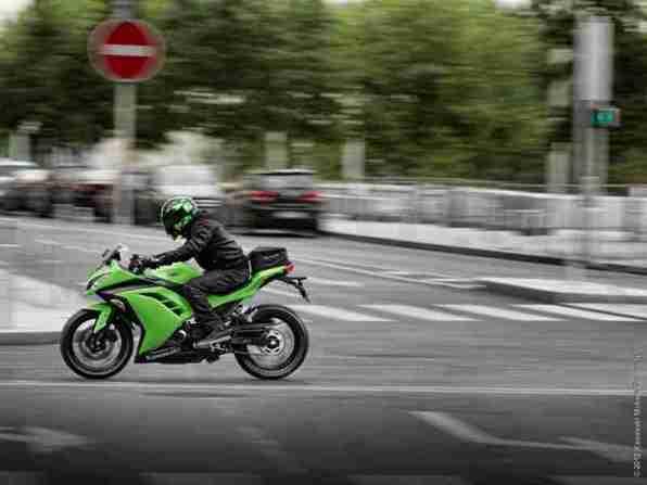 Kawasaki Ninja 300 08