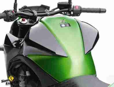 Kawasaki Z800 05
