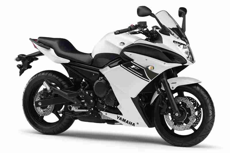Yamaha XJ6 and Diversion 2013 03