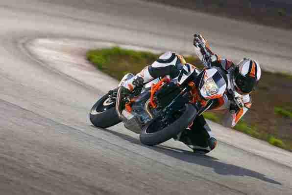 2013 KTM Duke 690 R - 03