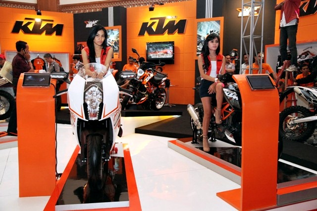 jakarta motorcycle show 2012 - 01