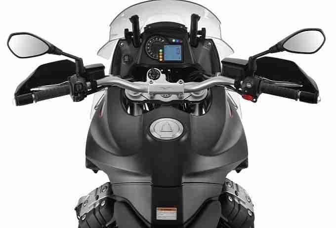 2013 Moto Guzzi Stelvio 1200 NTX ABS - 02