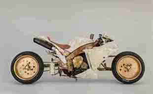 Custom Yamaha R1 by Sesto Custom Cycles - 01