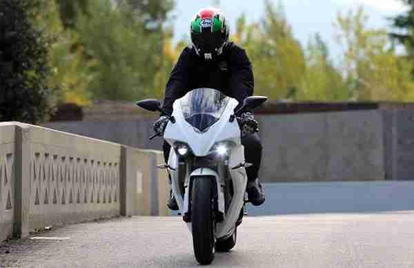 ecrp energica electric sportsbike - 02