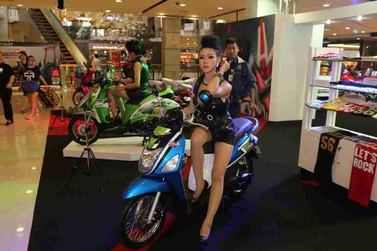 2013 Bangkok Motorbike Festival photographs - 22