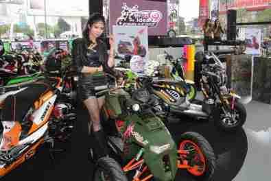 2013 Bangkok Motorbike Festival photographs - 29