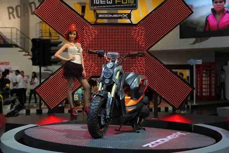 2013 Bangkok Motorbike Festival photographs - 32