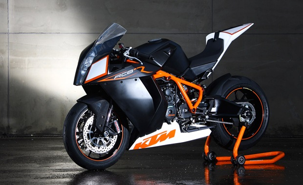KTM Duke 390 & RC25 India launch confirmed