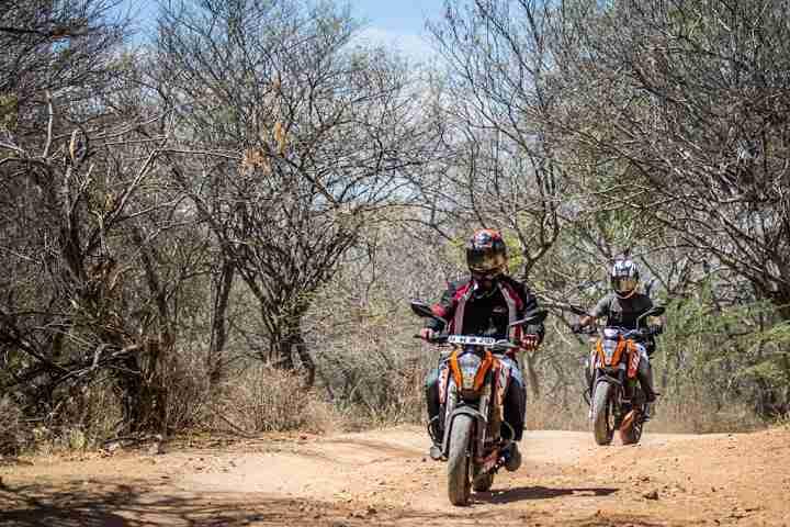 ktm orange ride bangalore to sangam (13)