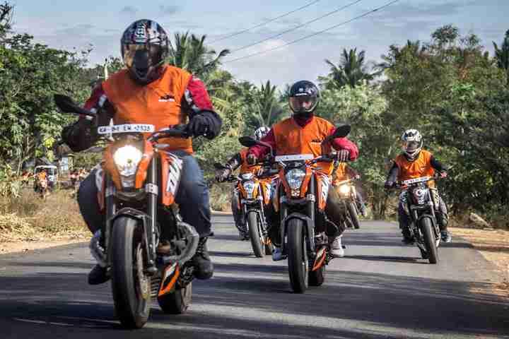 ktm orange ride bangalore to sangam (28)