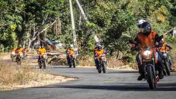 ktm orange ride bangalore to sangam (29)