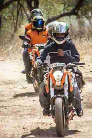 ktm orange ride bangalore to sangam (36)