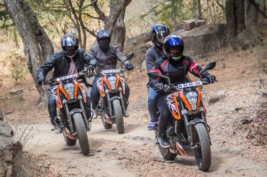 ktm orange ride bangalore to sangam (49)