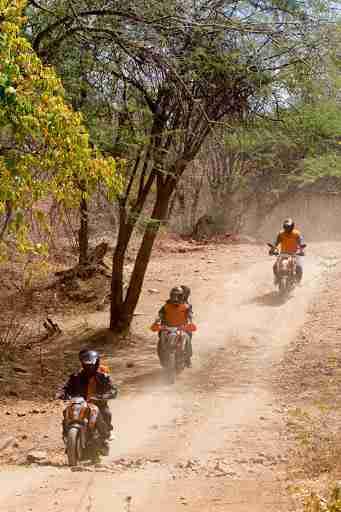 ktm orange ride bangalore to sangam (53)