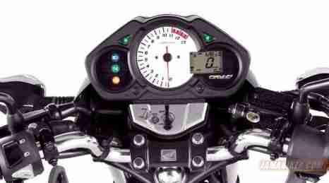 Honda CB150R india streetfire - 02