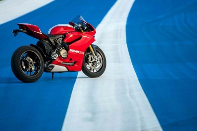 ducati 1199 panigale r photographs - 04