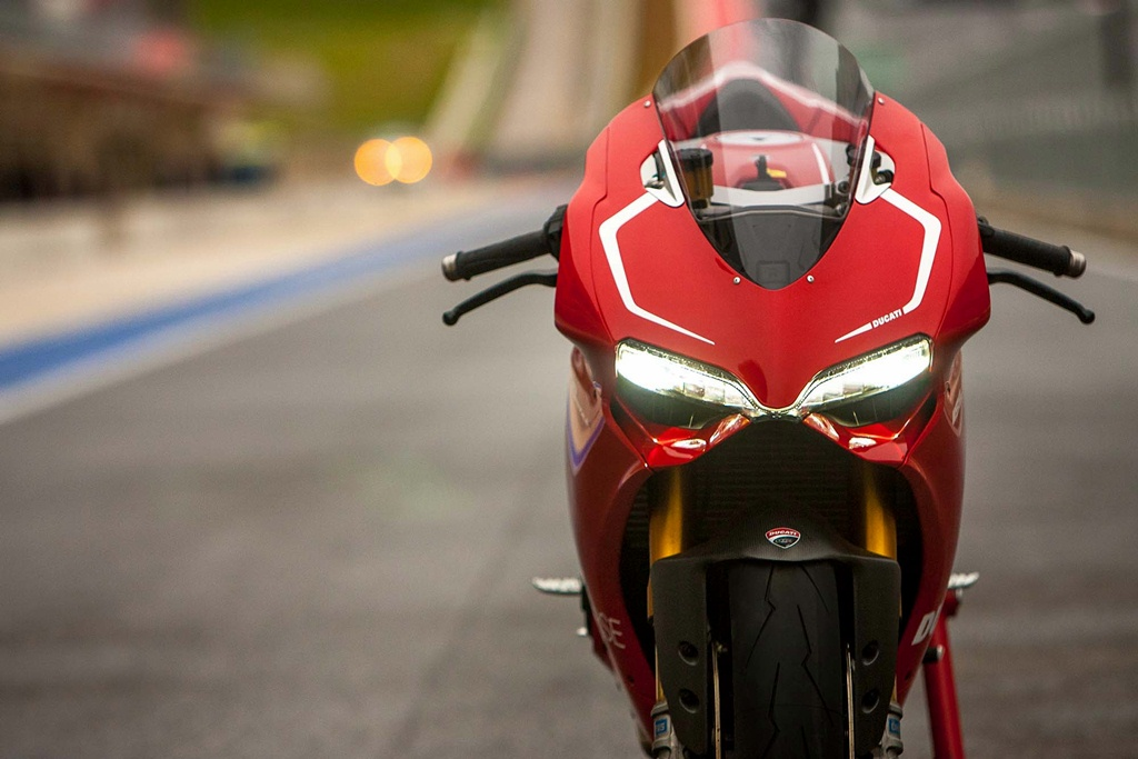 ducati 1199 panigale r photographs - 05