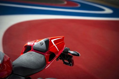 ducati 1199 panigale r photographs - 16