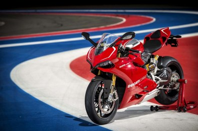 ducati 1199 panigale r photographs - 18