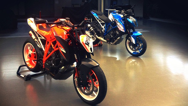 2013 KTM 1290 Super Duke R presented to US dealers