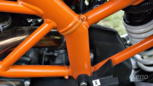 KTM duke 390 frame paint quality