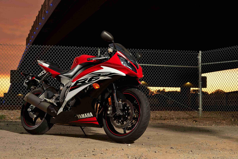 2014 Yamaha R6 Red
