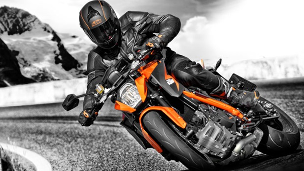 KTM 1290 Super Duke R technical specifications