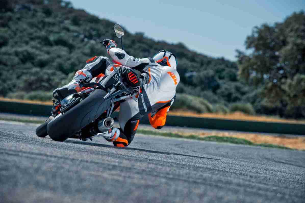2014 KTM Super Duke 1290 wallpapers - 10