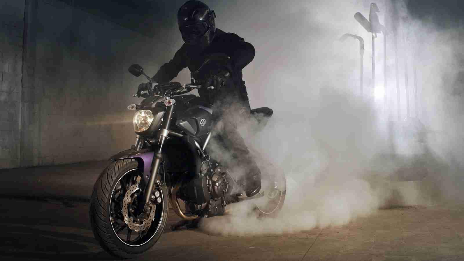 2014 Yamaha MT-07 - 03