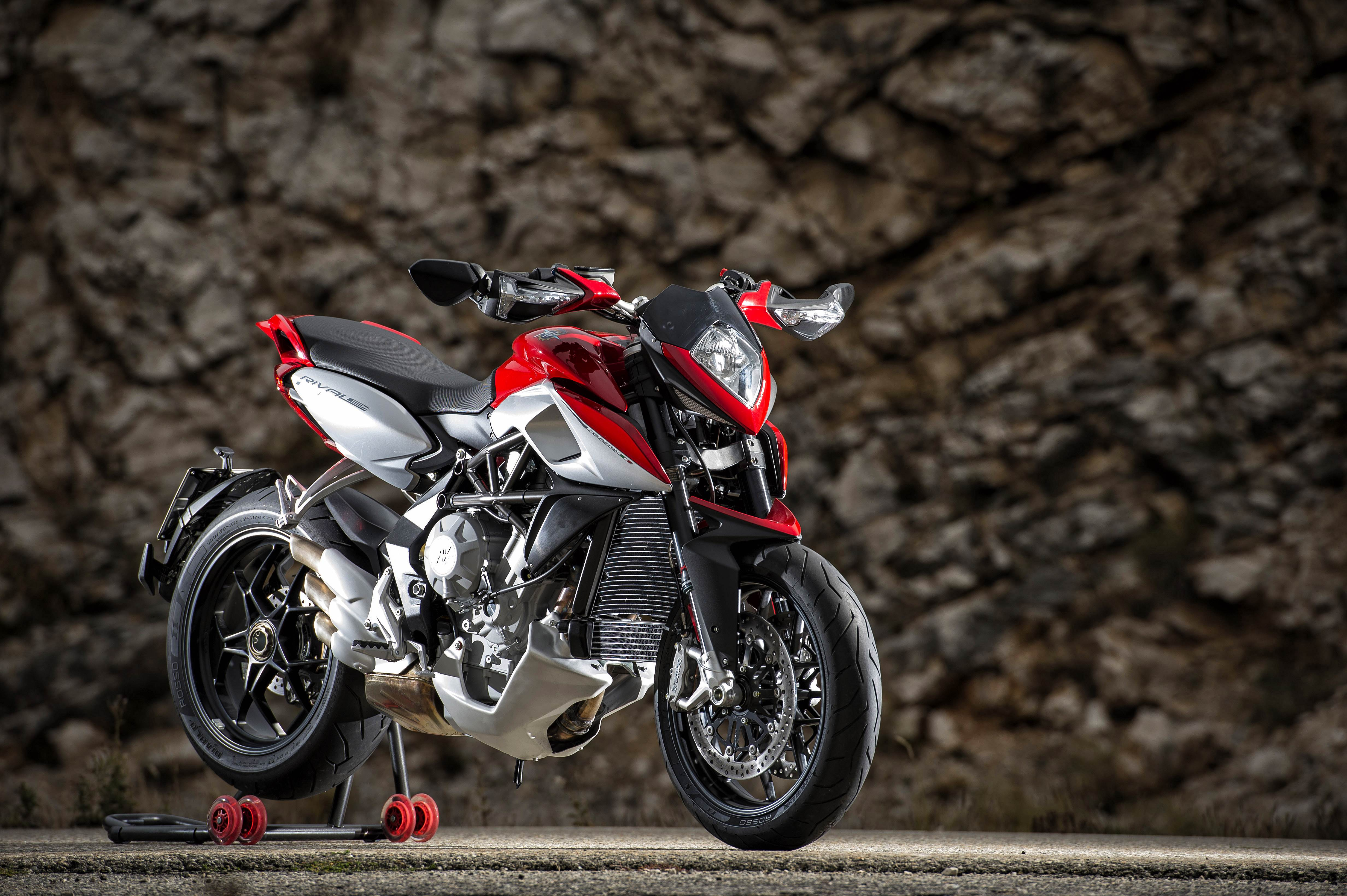 MV Agusta Rivale 800 wallpapers - 01