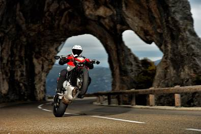 MV Agusta Rivale 800 wallpapers - 12